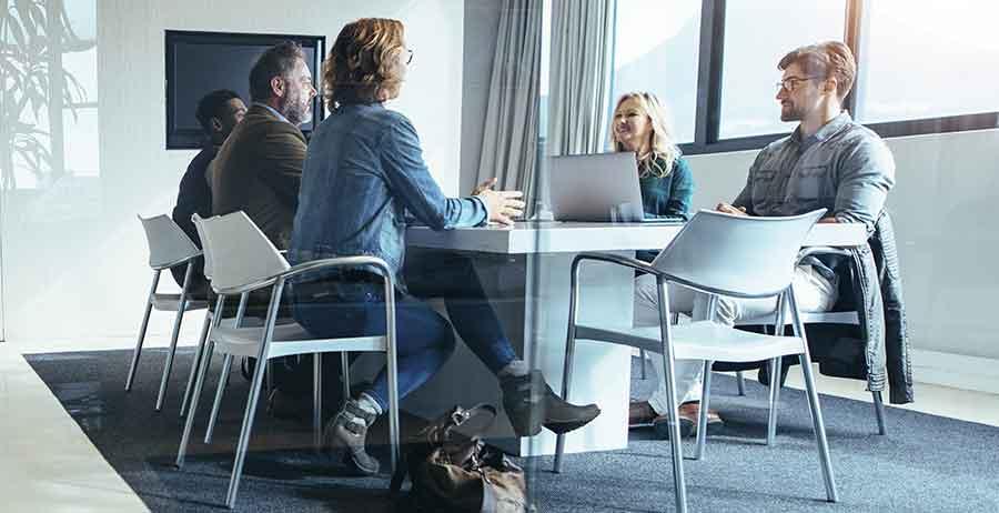 Rédiger un cahier des charges avec les autres équipes de l'entreprise pourrait favoriser l'aboutissement du projet
